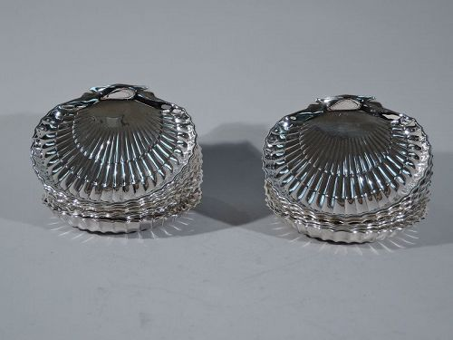 Set of 12 Hard to Find Gorham American Sterling Silver Scallop Shells