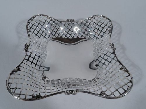Antique Bailey, Banks & Biddle Pierced Sterling Silver Bread Basket
