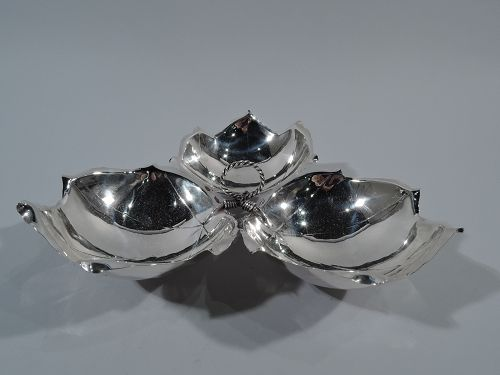 Classic Midcentury Sciarrotta Sterling Silver 3-Leaf Dish