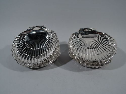 Set of 12 Gorham Sterling Silver Scallop Shell Appetizer Plates