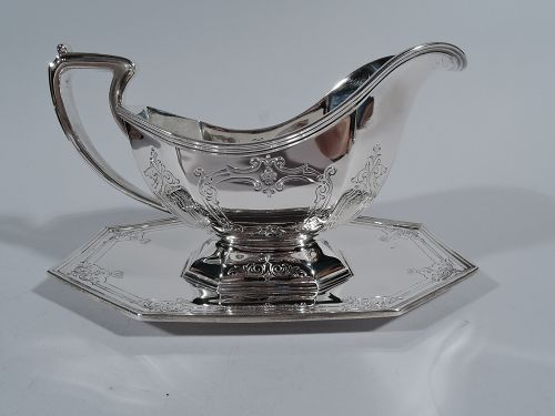 Antique Reed & Barton Sterling Silver Gravy Boat on Stand