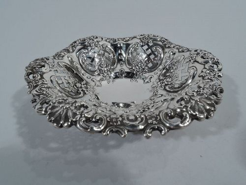 Small and Sumptuous Sterling Silver Bowl by Tiffany