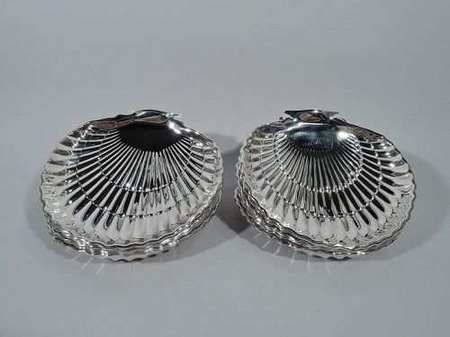 Set of 12 Large Gorham American Sterling Silver Scallop Shell Plates