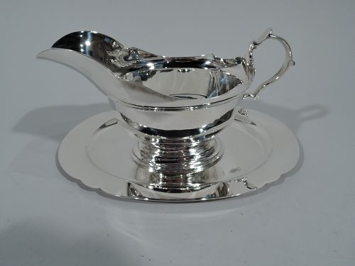 Tiffany Traditional Georgian Sterling Silver Gravy Boat on Plate