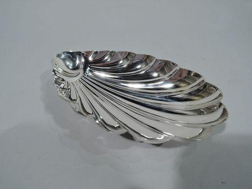 Pretty Antique American Sterling Silver Scallop Shell Bowl