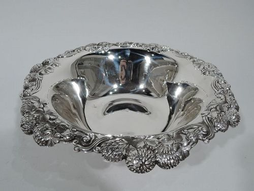 Tiffany Sterling Silver Bowl in Classic Clover Pattern