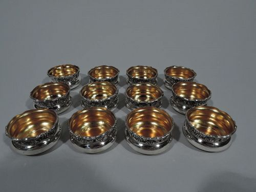 Set of 12 Pretty American Art Nouveau Sterling Silver Open Salts