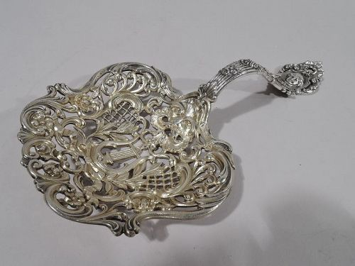Gorham Sterling Silver Bonbon Scoop with Classical Lyre