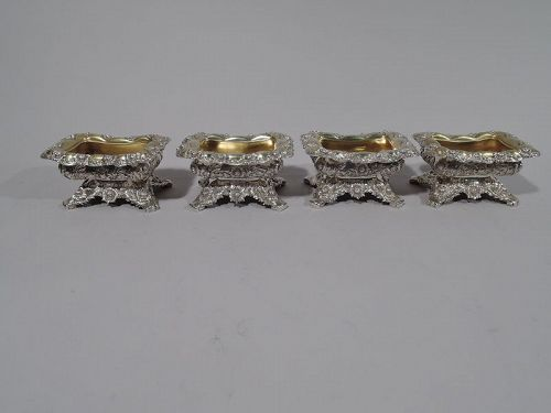Set of 4 Tiffany Chrysanthemum Sterling Silver Parcel Gilt Open Salts