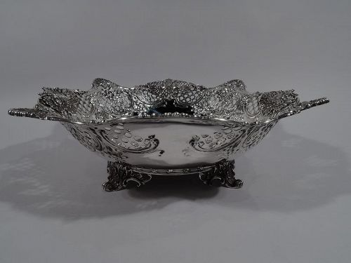 Antique Tiffany American Sterling Silver Leaf & Shell Centerpiece Bowl