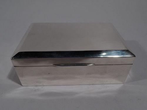 English Modern Sterling Silver Box 1926