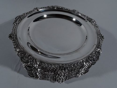 Set of 12 Antique English Georgian Sterling Silver Dinner Plates 1892