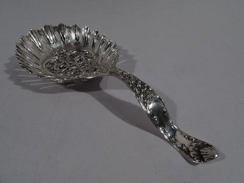 Large Art Nouveau Sterling Silver Bonbon Scoop by Meriden Britannia