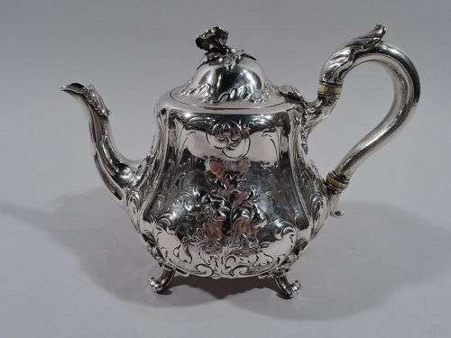 English Victorian Sterling Silver Teapot by Hunt & Roskell 1857