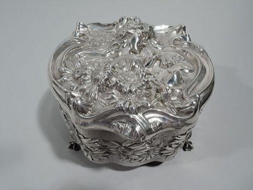 English Art Nouveau Petal-Plucking Loves-Me-Loves-Me-Not Jewelry Box