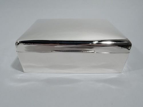 Handsome English Modern Sterling Silver Box 1917