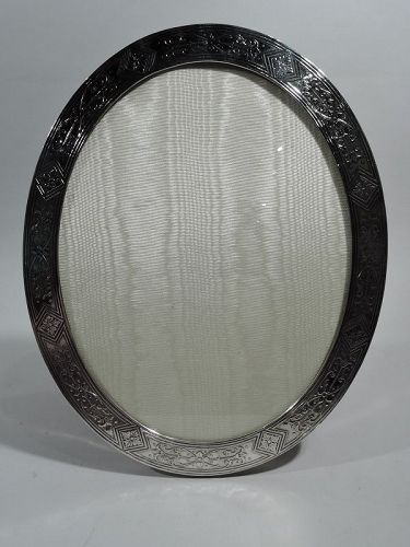 Antique Tiffany Aesthetic Oval Sterling Silver Picture Frame
