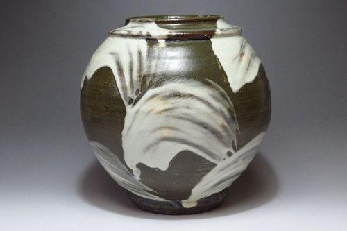 Ken Matsuzaki Ceramic rounded flower vase, Japanese pottery,