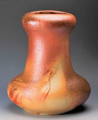 Ryuichi Kakurezaki Bizen Ceramic flower vase Japanese potteryu