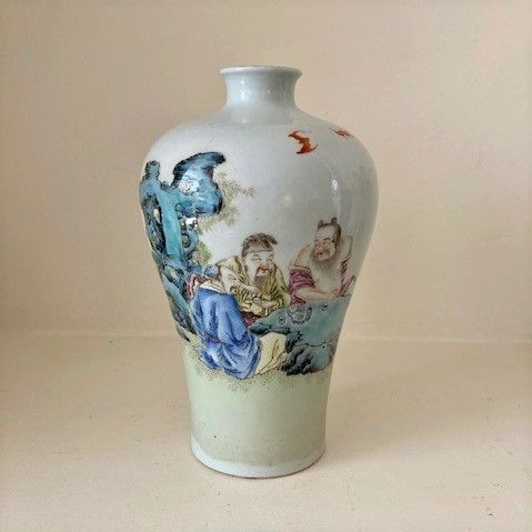 Chinese porcelain meiping