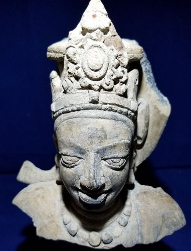 ANCIENT INDIAN GUPTA PERIOD TERRACOTTA STATUE OF VISHNU
