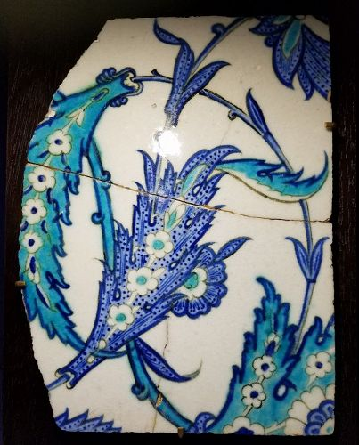 RARE LARGE 16th CENTURY TURKISH IZNIK TILE