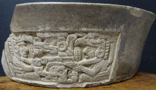 OUTSTANDING CLASSIC MAYAN POTTERY FRAGMENT