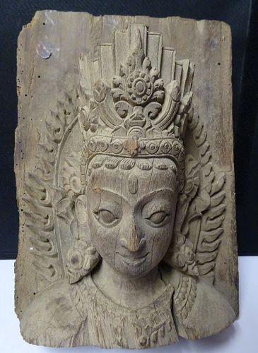 17TH CENTURY NEPALESE BUDDHIST WOODEN SCULPTURE
