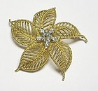 Flower Broach 18Kt Gold with Diamonds