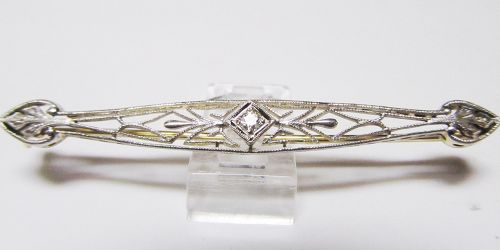 Filigree Bar pin with a Diamond