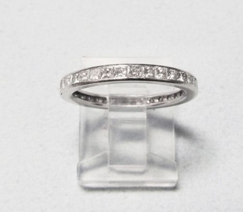 Square-cut Diamond 18Kt Eternity Band