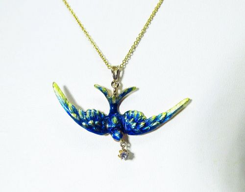 Enameled 14Kt Gold Bird Pendant with Diamond