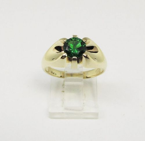 14Kt Gold Men�s Ring with Green Stone