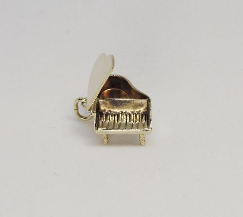 Vintage 14Kt Gold Piano Charm