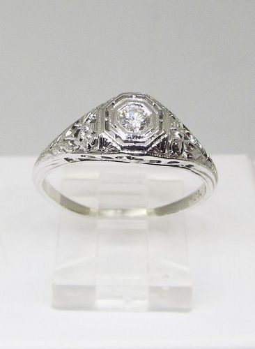 1920-s Diamond 18Kt White Gold Filigree Ring