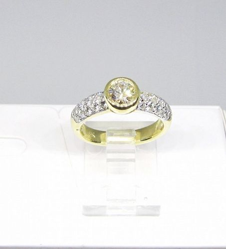 Diamond Engagement Ring 18Kt Yellow Gold