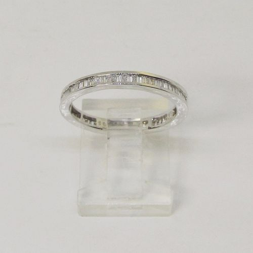 Diamond Banquette 18Kt White Gold Eternity Band