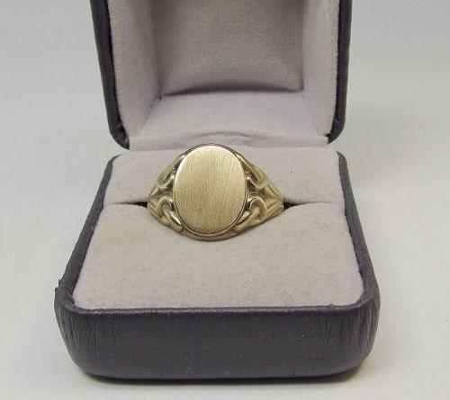 Art Nouveau Signet Ring 14Kt Gold