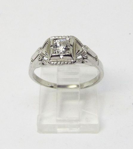 Solitaire Diamond Ring 18Kt White Gold