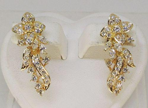 Diamond Flower Earrings 18Kt Gold