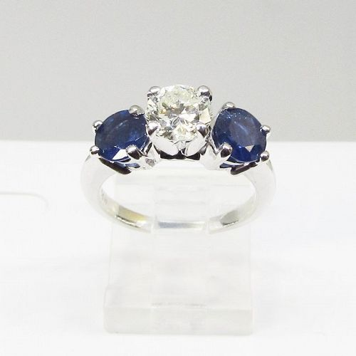 Engagement Ring Diamond and Sapphire 14Kt Gold