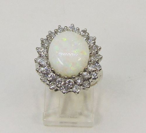 Opal and Diamond Ring 14Kt gold