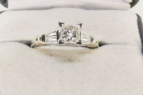 Princess Cut Diamond Engagement Ring Platinum
