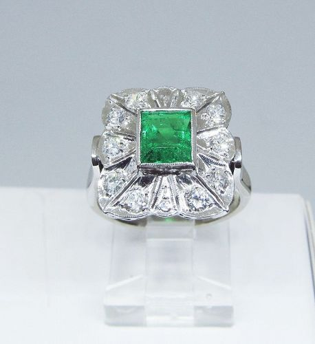 Estate Emerald and Diamond Ring Set in 18Kt Gold