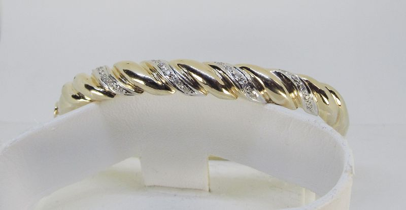 Estate Bangle Bracelet 14Kt Gold with Diamonds