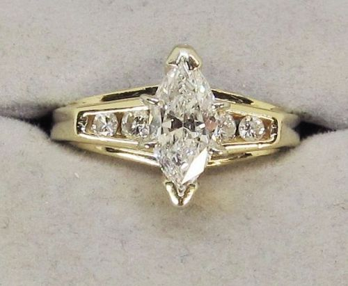 Engagement Ring Marquise Diamond 14Kt Yellow Gold