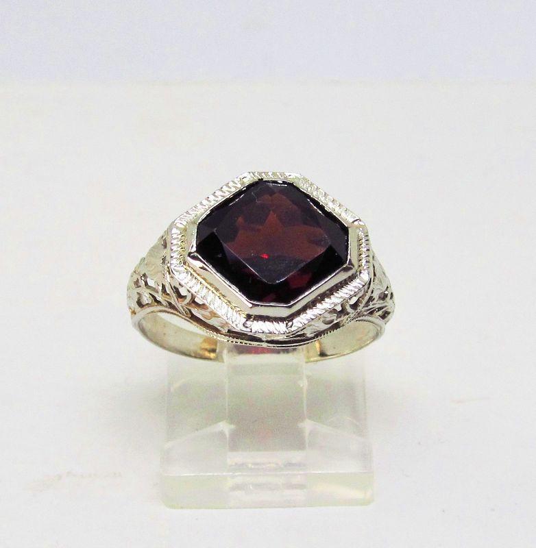 Filigree 14Kt White Gold Garnet Ring
