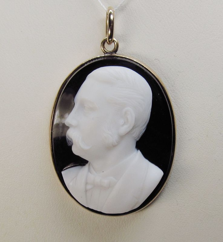 Stone Cameo Depicting Man 14Kt Gold