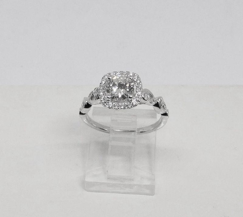 Diamond Engagement Ring 18Kt White Gold