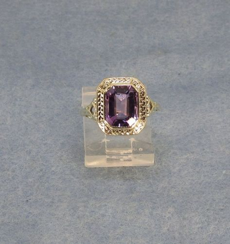 Amethyst Filigree Ring 1920-s 14Kt Yellow Gold Antique
